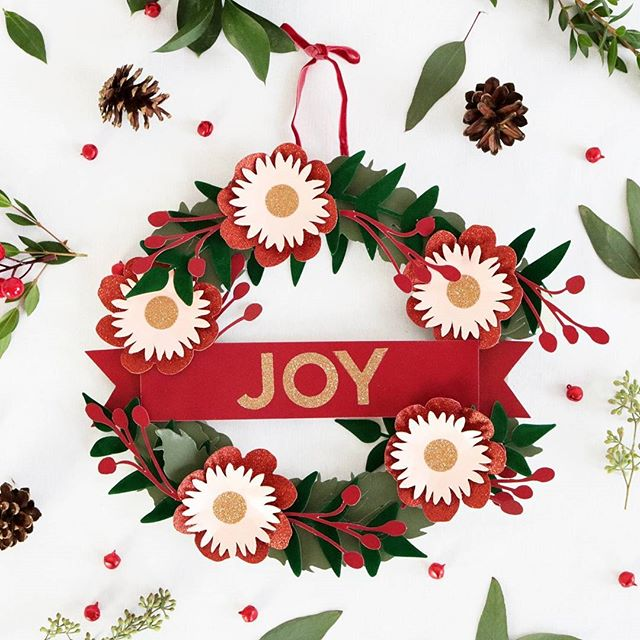 Joy paper wreath