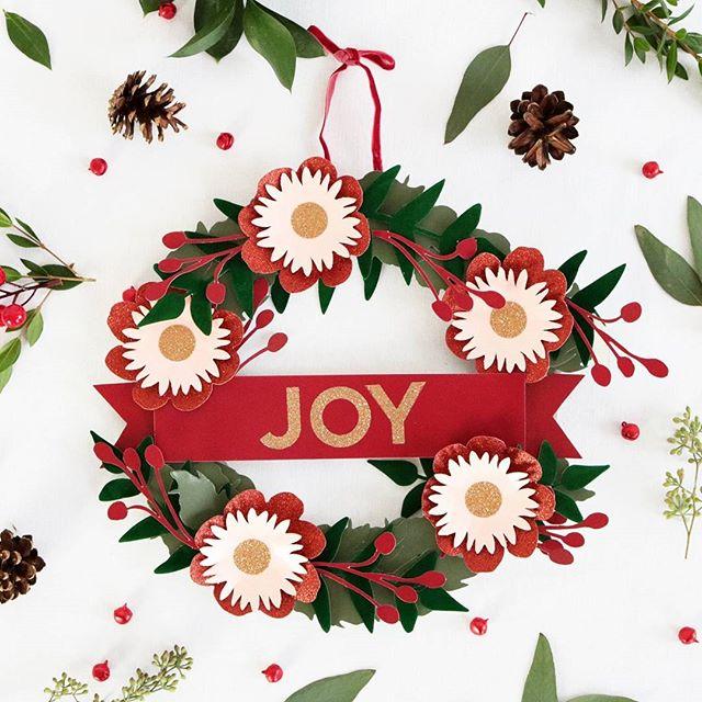 Joy paper wreath